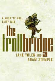 Book cover of Troll Bridge